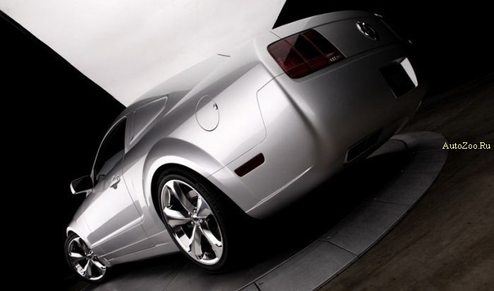 ford mustang iacocca silver edition