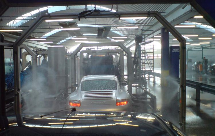 amsterdam_car_wash.jpg