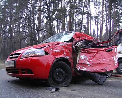 crash-maz-chevrolet-aveo