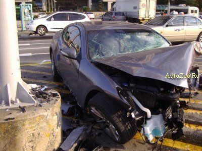 hyundai genesis coupe crash