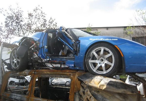 crashed tesla roadster