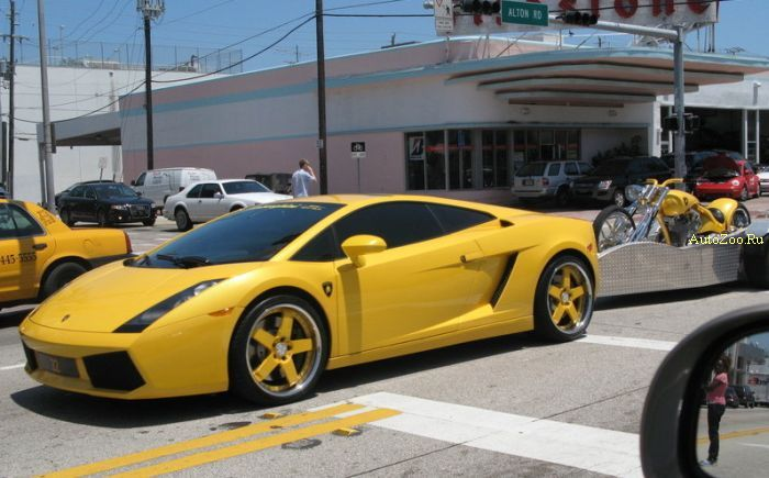 Gallardo with super bike