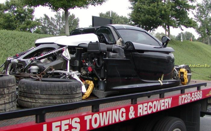 porsche carrera gt totalled
