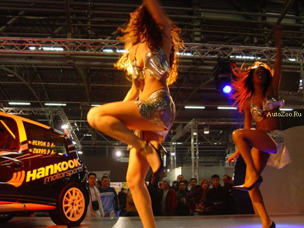 Hot Girls from automotive shows