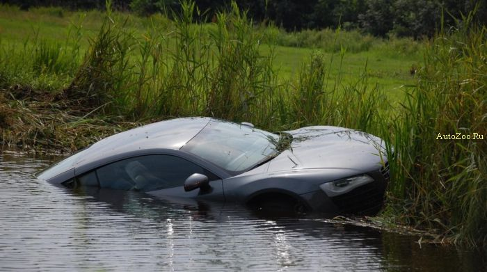 audi r8 totalled swim