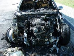 burned-bmw_30_01_small.jpg