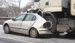 car-crash_26_02_small.jpg