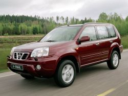 nissan-x-trail_26_02_small.jpg