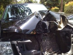 car-crash_24_06_small.jpg