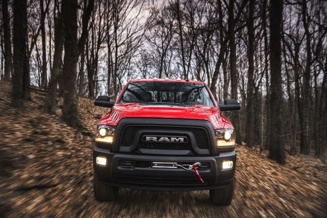2017-ford-ram-power-wagon-05
