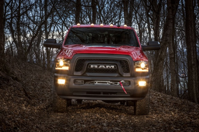 2017-ford-ram-power-wagon-07