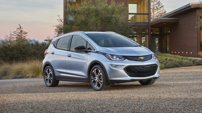 chevy-bolt-ev-01